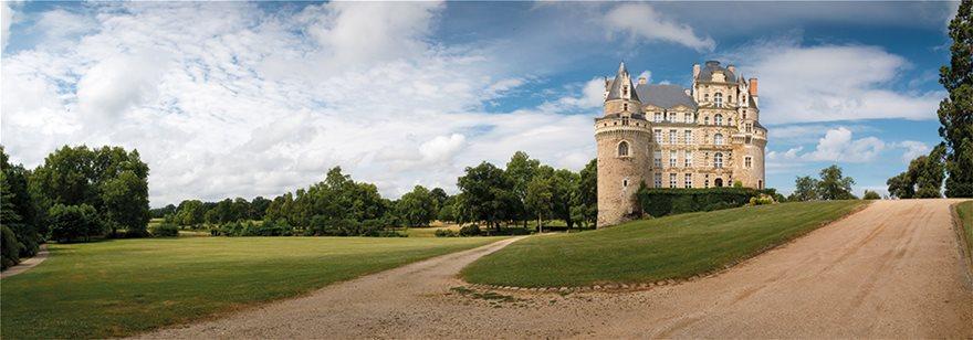 118864572_l_Brissac-Quince_-Maine-et-Loire_-France