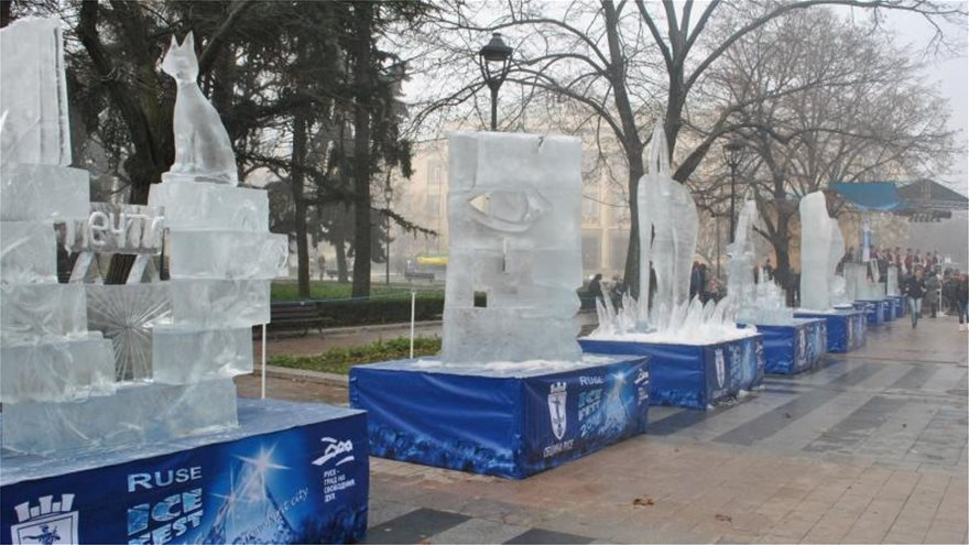 1369_festival_of_ice_sculptures__ruse_ice_fest___decemb