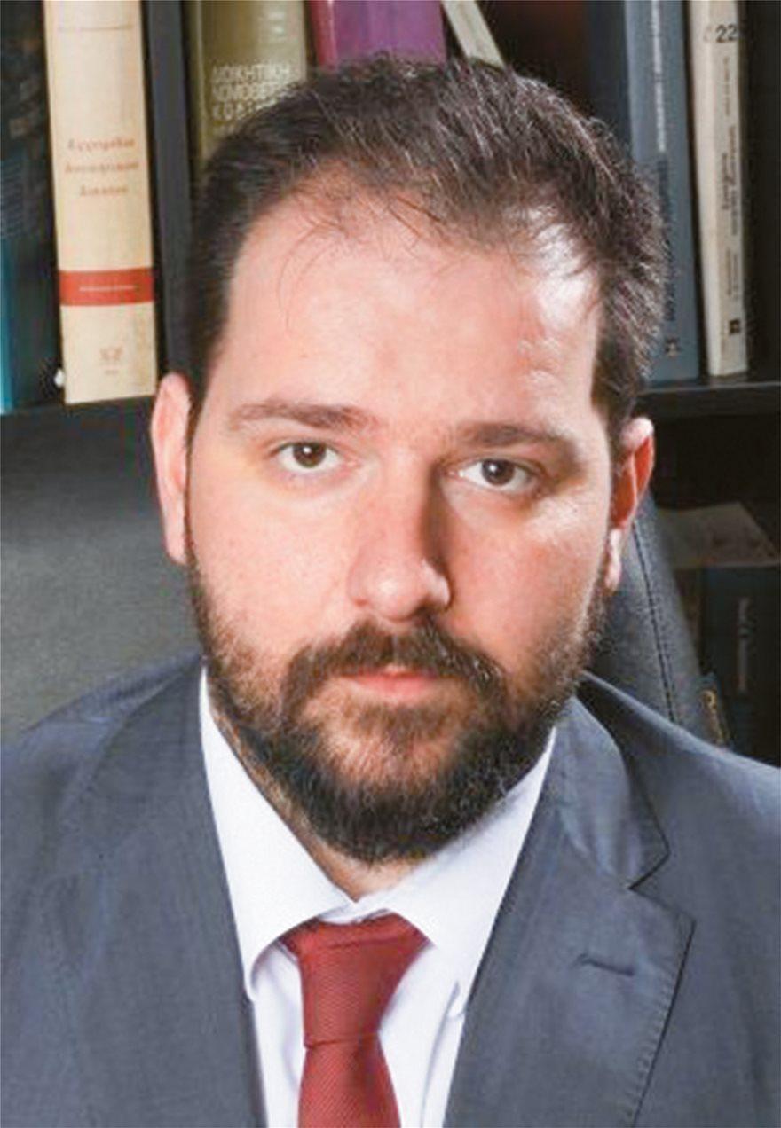 Ο δικηγόρος Κωνσταντίνος Γώγος