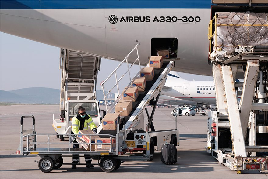 kikilias_aerodromio_maskes_koronaios_coronavirus_virus_airport