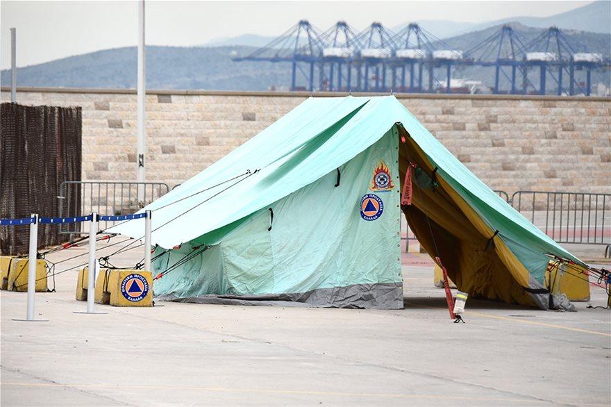 Πλοίο «Ελεύθεριος Βενιζέλος»: Ξεκινά η επιχείρηση για την υγειονομική «βόμβα» μετά τα 119 κρούσματα κορωνοϊού