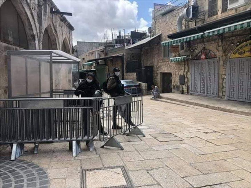 Πάσχα χωρίς πιστούς στους Αγίους Τόπους – Απόκοσμες εικόνες από την άδεια Ιερουσαλήμ