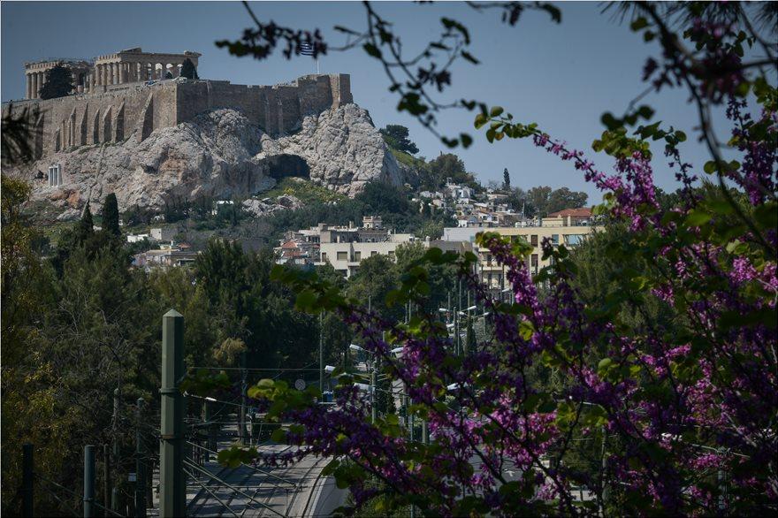 akropoli-anoiksi