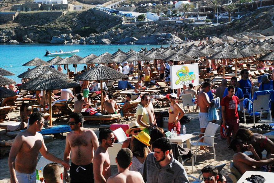 Super-Paradise-Beach-Club-Mykonos-4