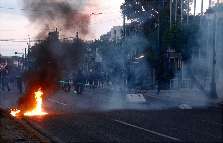 riots-3