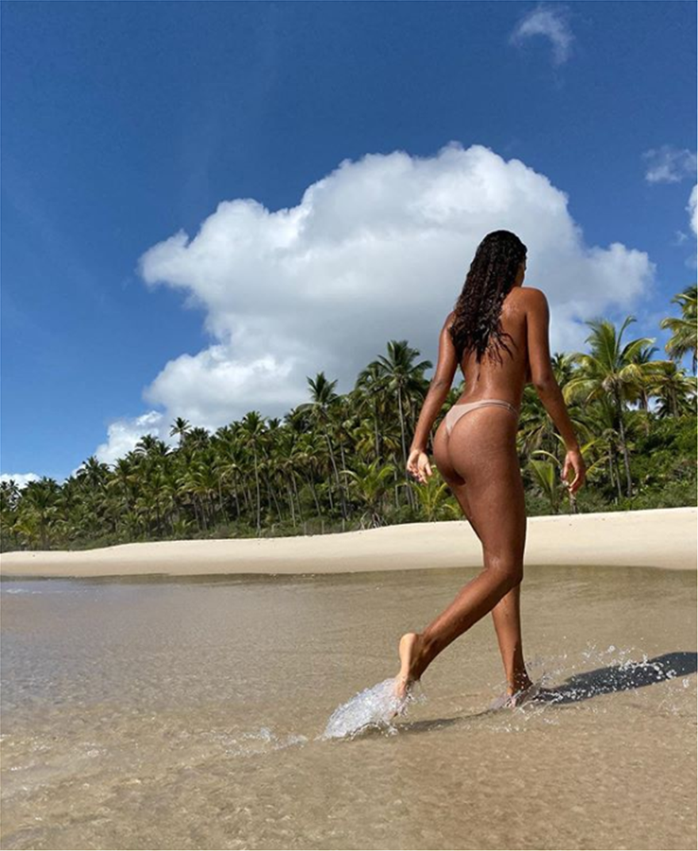 Tina_Kunakey3