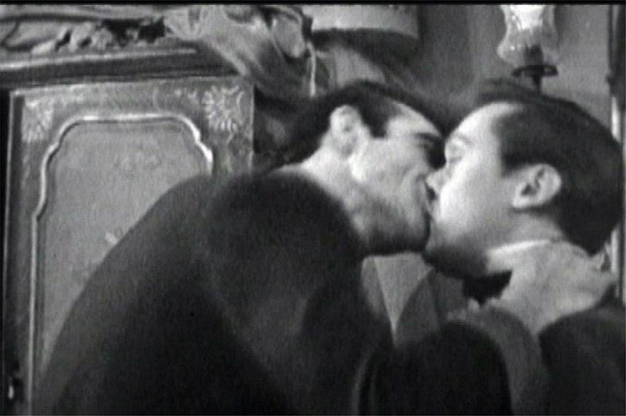 sean_connery_kiss
