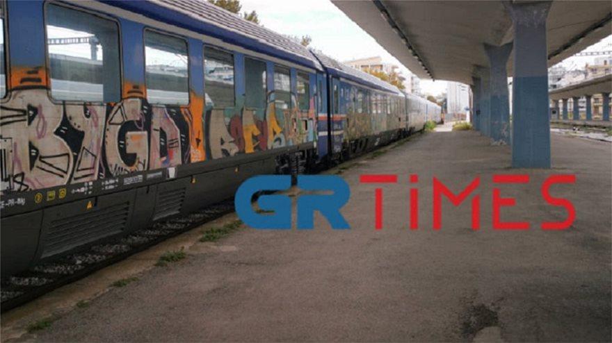 σιδηροδρομικος-σταθμος-βαγονια-κορωνοιος