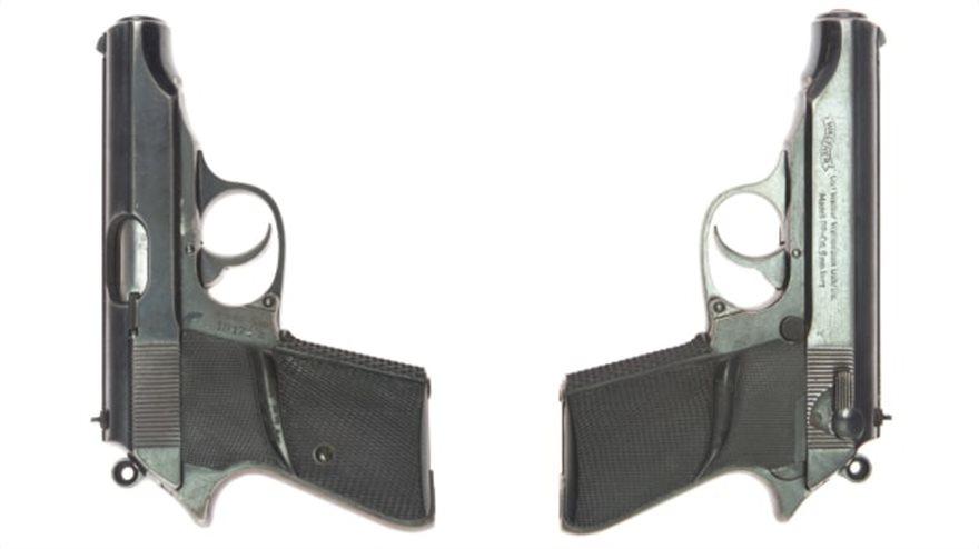 http___cdn_cnn_com_cnnnext_dam_assets_201110105605-juliens-auctions-pistols-split