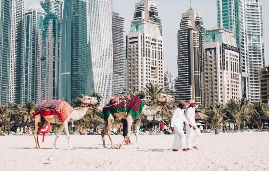 Κορωνοϊός: Εμβόλια μόνο για VIPS με 45.000 ευρώ το κεφάλι στο Ντουμπάι