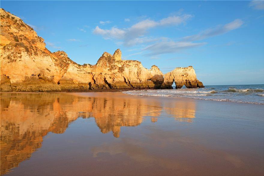 13_Praia_da_Falesia__Portugal_121764213_xl