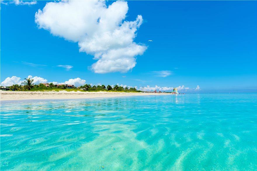 19_BAvaro_beach_107625697_xl
