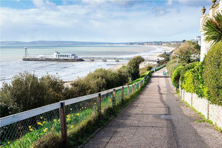 20_Bournemouth_Beach_UK_144690948_xl