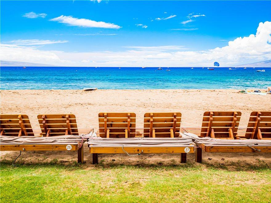 9_Kaanapali_Beach__HawaII_147238816_xl