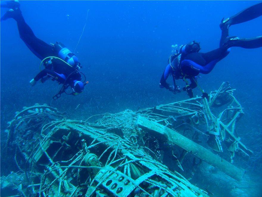 Ανοίγουν τις «πύλες» τους 91 ελληνικά ναυάγια για οργανωμένες καταδύσεις  αναψυχής