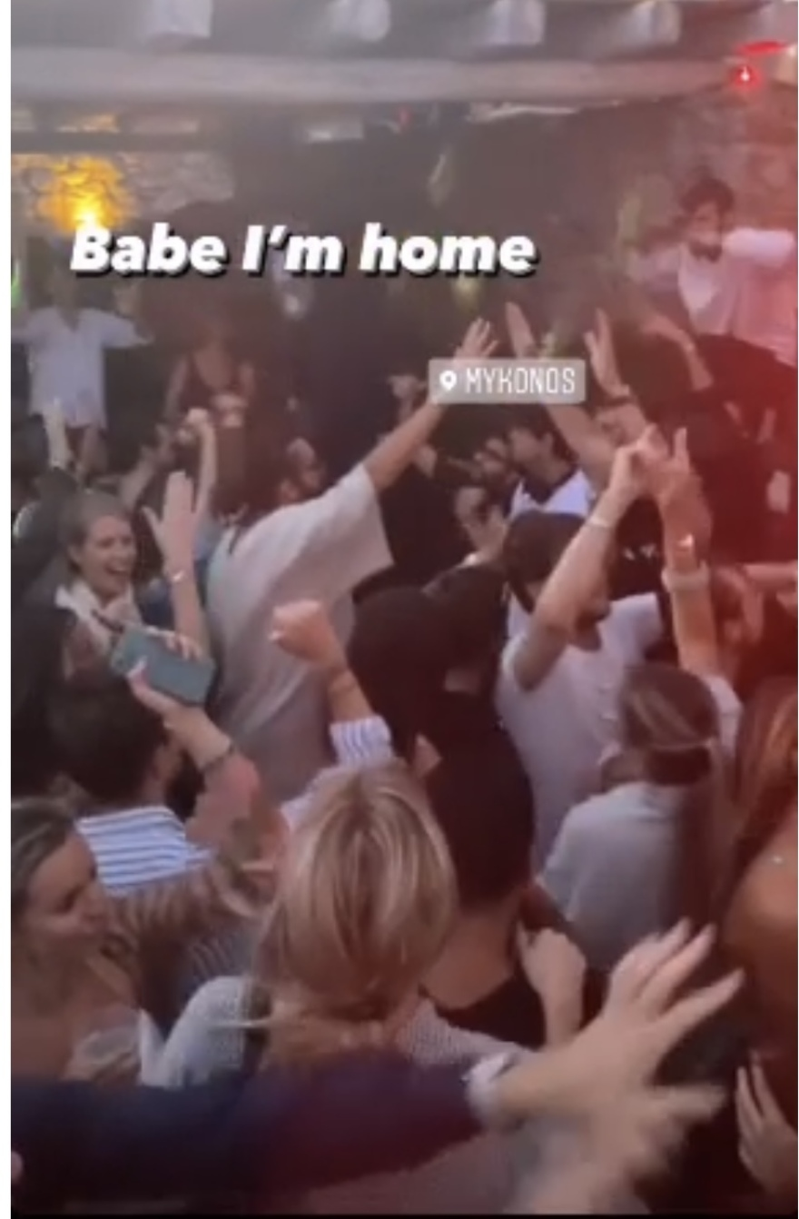 mikonos_party_3