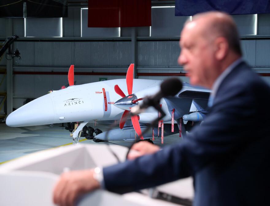 erdogan-tourkia-drone-546